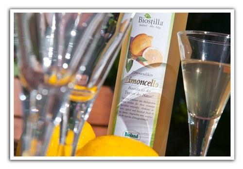 Organic-Limoncello-in-a-glass