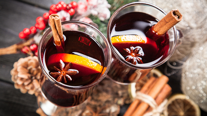 how to serve mulled wine