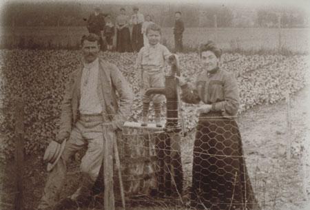 2-Fleury's-family-around-1905-Emile-Fleury-with-wife-Berthe