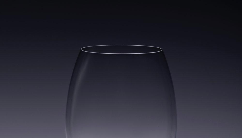 Wine glass rim