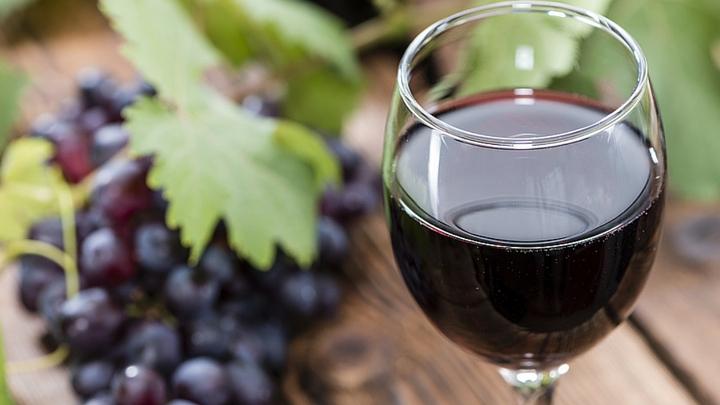 is red wine vegan