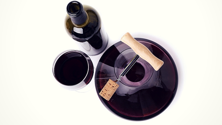 how do you use a wine decanter
