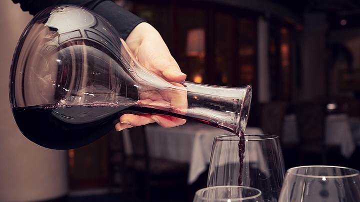 how to decant red wine
