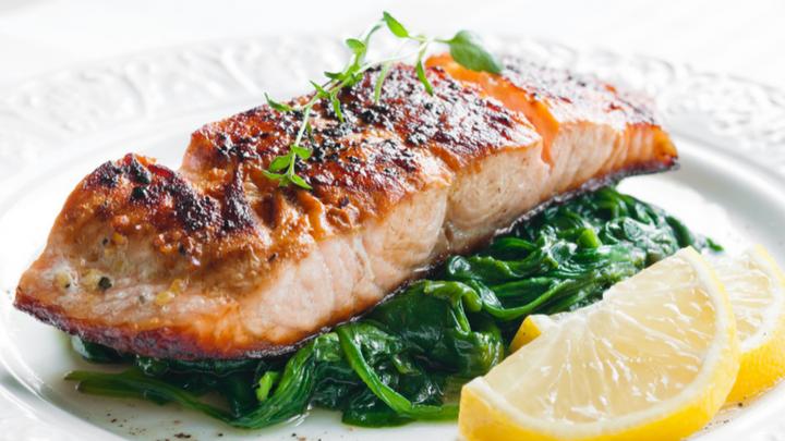 pairing plain salmon with wine