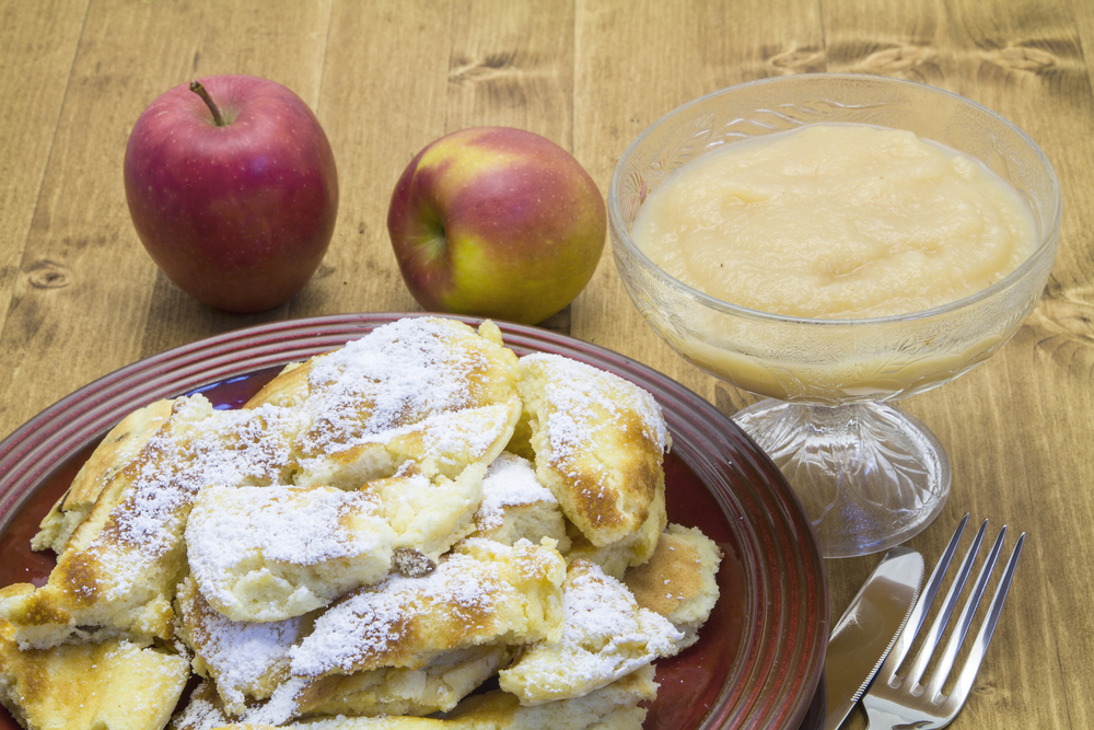Kaiserschmarrn with stewed apples and cranberries