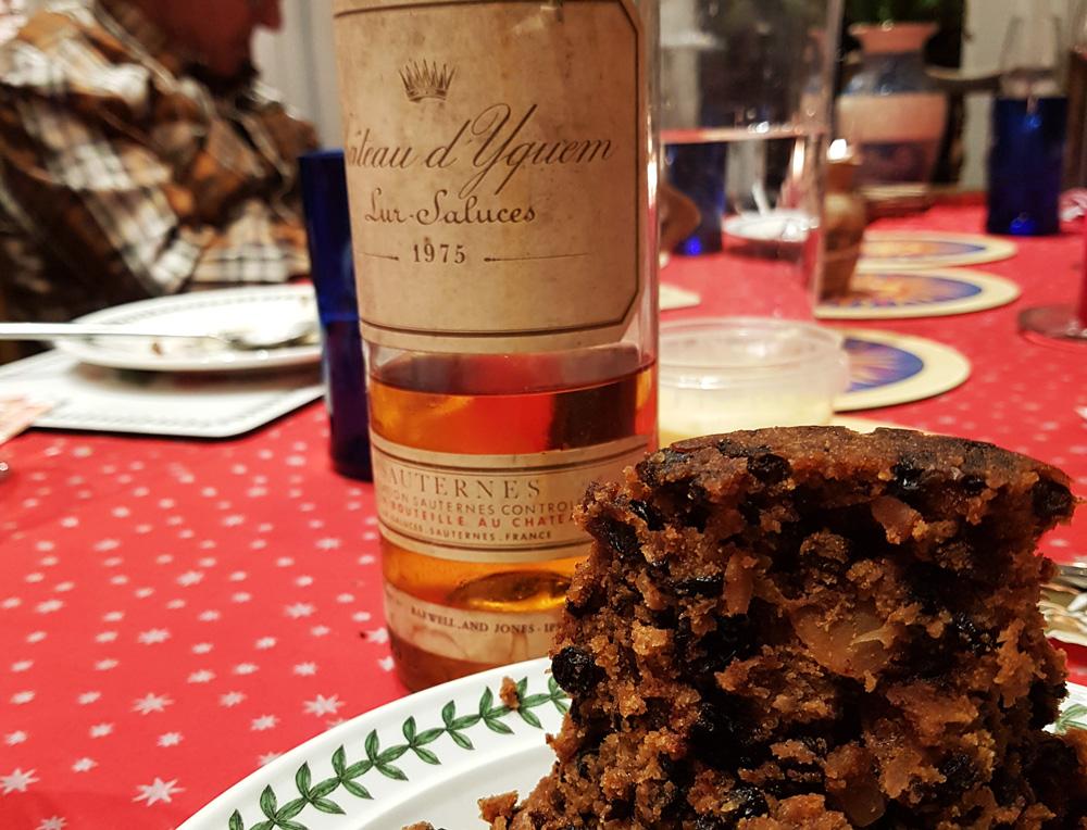 Christmas pudding and dessert wine
